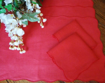 Red Placemats Set of Four with Two Matching Napkins Vintage