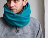 Cowl Scarf / 100 % Wool Green Tube Scarf