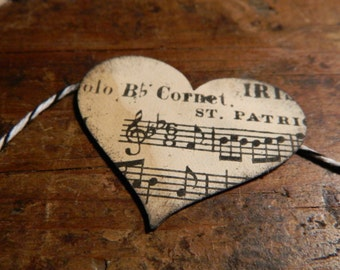 Vintage heart and music garland -  3 feet long