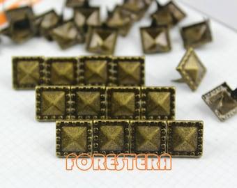 200Pcs 10.5mm Antique Brass Dotted Border PYRAMID STUDS Metal Studs (BDP10)
