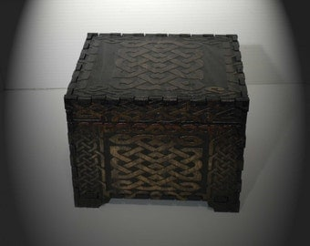 Lord Mock's Medium Celtic Box