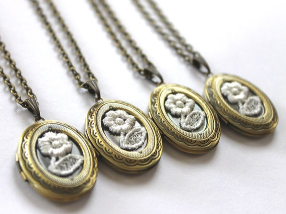 Set of 4 Bridesmaid necklaces Bridesmaid locket Lace necklace Vintage Gold locket Personalized bridesmaid gifts Great Gatsby wedding jewelry