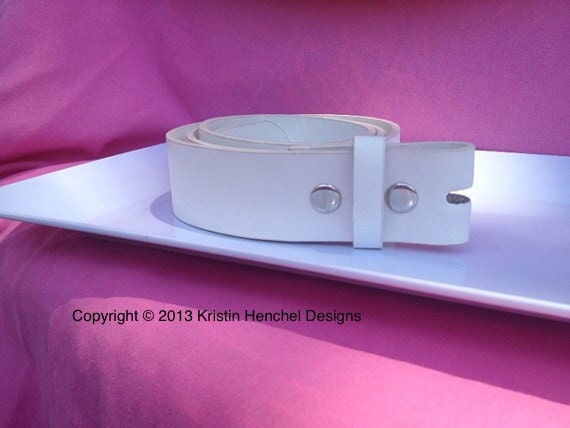 White leather snap belt sizes S - L