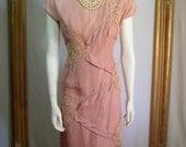 Vintage 1960's Mauve Pink Silk Cocktail Dress with Floral Appliques - Size 12