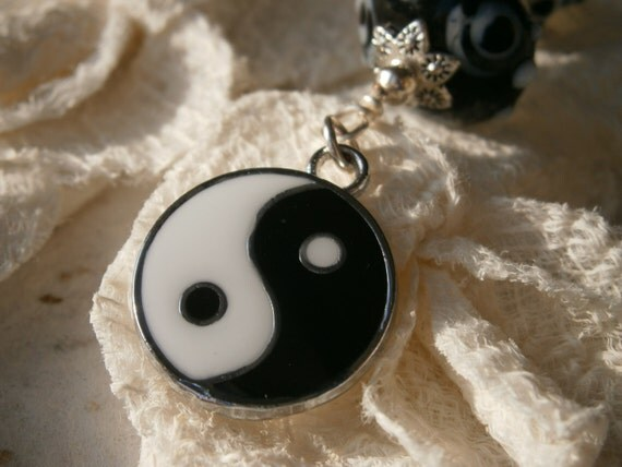 Yin Yang Black & White Lampwork BAG Charm - Tai Chi Purse Fob, Polka Dot Artisan Lampwork beads, Tribal Key Ring, Bride Gift