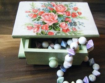 Small decorative box, jewelry box, ring box, mint green, floral, Valentines Day box