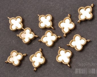 P300-02-G// Gold Plated framed Clover Pendant, 2pcs