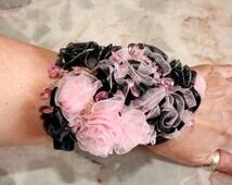 Prom Wrist Corsage, Wrist Corsage Wedding, Alternative to fresh Wrist Corsage Pink and Black Ribbon Rose