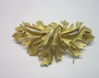 Vintage Brooch Golden flower spray Mid century vintage jewelry.
