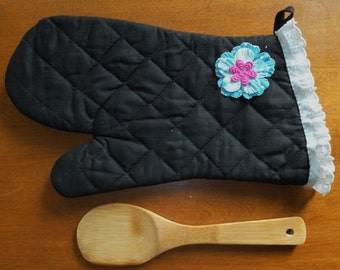 Oven Mitt In Black and Sky Blue With Purple Flowers and Lace