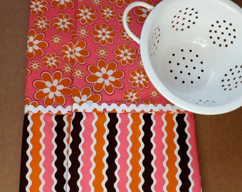 Orange Flowers and Pink Tea Towels, Retro 1960's Style ~ Set of 2