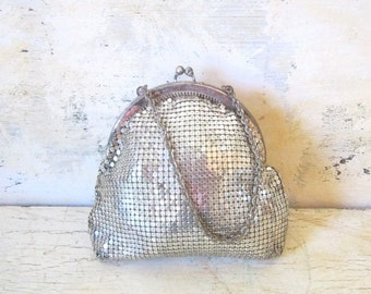 Vintage Purse Clutch Pouch Silver Mesh Whiting Davis Evening Bag Summer Fashion Classic Gift for Her Bridal Wedding