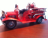 1930's Fire Fighter Red Fire Pumper Miniature Tin Car Truck Metal Toy Fire Fighter decor  Automobile Model A Fire Engine