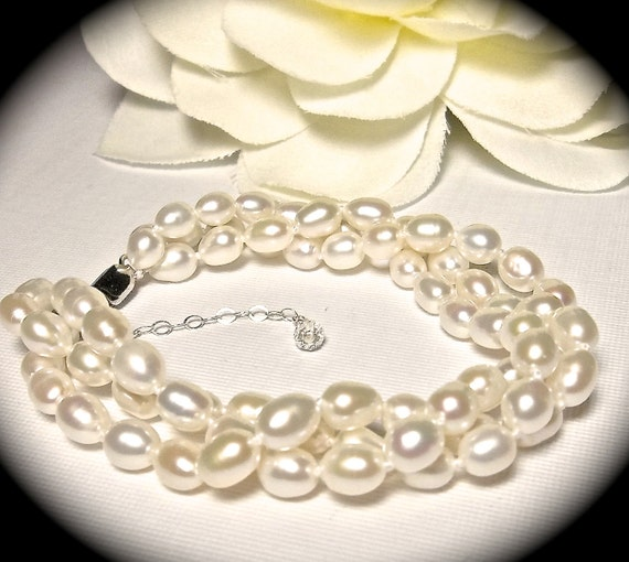 Freshwater Pearl Bracelet // Twisted // Sterling Silver clasp // extender // Bridal jewelry // Heirloom quality // Bridesmaids // Gift //