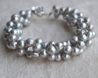 Gray Freshwater Pearl bracelet.8 inches 5-6mm Pearl bracelet pearl bracelet,wedding bracelet,bridal bracelet,prom bracelet