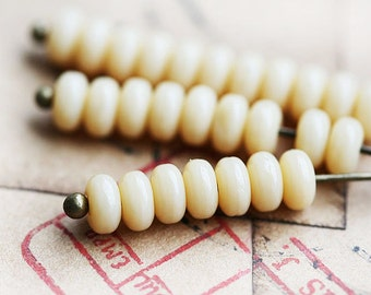 4mm spacer beads, Pastel Beige, Cream Ivory czech glass rondels, rondelle, pressed beads - approx. 85-90pc - 2870