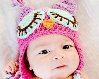 Newborn Owl hat with matching leg warmers.