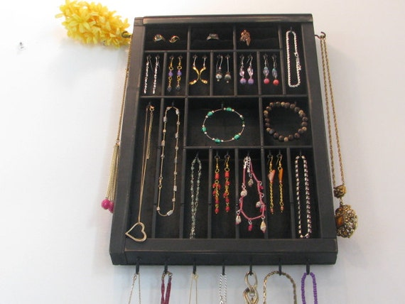 Earring Organizer with 3 small ring cubbies