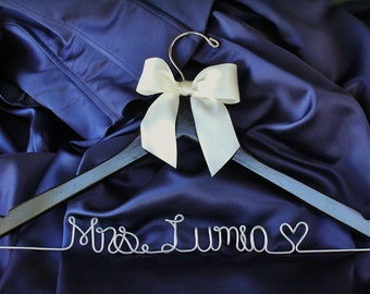Personalized Bridal Wedding Hanger. Bridal Hanger. Bridal Party. Custom Hanger. Comes With Bow.