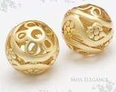 2 pcs Flower Carved Beads Metal Spacer Balls Matte Gold Plated Unique Jewelry Findings // 12mm x 12mm x 2mm // 1083-MG