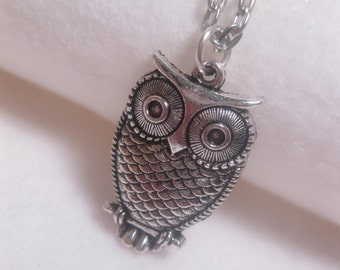 Owl Necklace - Bird Necklace - Simple - Everyday - Casual - Pendant