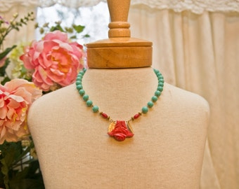 Turquoise Beaded Floral Necklace