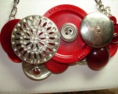BRAVE HEART -VINTAGE Button Necklace -silver heart dangle -Vintage Buttons -Vintage jewelry -Red - Silver metal buttons - Statement Necklace