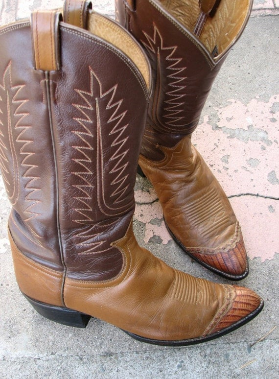 Vintage Tony Lama Cowboy Western Boots Two Tone Brown Wingtip