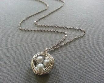 White Pearl Bird's Nest  Necklace