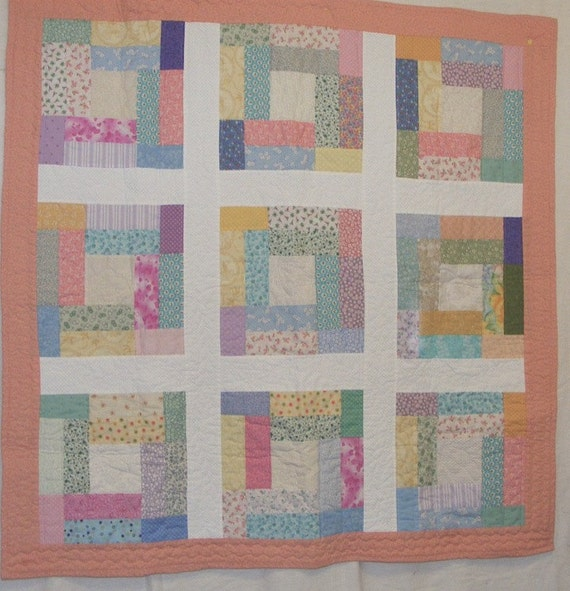 Crib Quilt Size: Crib Size Baby Quilt In Multi Colored Pastels