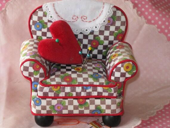 Mary Engelbreit Me Pincushion Chair And Sewing Box Me Black