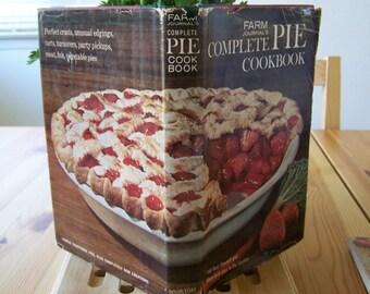 "Vintage 60's  ""FARM JOURNAL'S"" Complete PIE Cook Book Doubleday & Co."