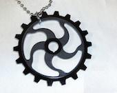 Black ACRYLIC GEAR CIRCULAR Pendant Necklace Bead Chain