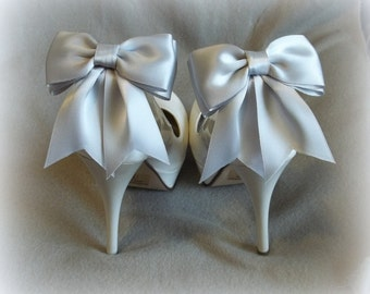 Shoe Clips,  Bridal Shoe Clips, Satin Bow Shoe Clips, Wedding Shoe Clips,  Shoe Clips for Wedding Shoes, Bridal Shoes, MANY COLORS