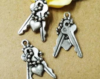 25pcs Antique Silver Mini Key with Heart Charm Pendants 12x21mm AA507-2