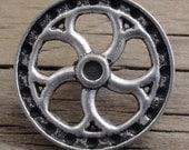"2 Antiqued Silver Metal Flywheel Buttons 7/8"" Shank - Steampunk"
