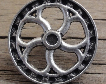 "2 Antiqued Silver Metal Flywheel Buttons 7/8"" Shank - Steampunk"