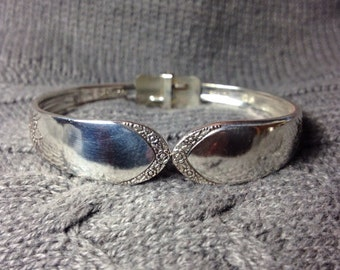Devonshire/Mary Lou 1938 Silverware Bracelet