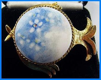 """Designer Fish Brooch Pin Pendant Hand Painted Blue Porcelain Gold Metal Signed 2"""" Vintage"""