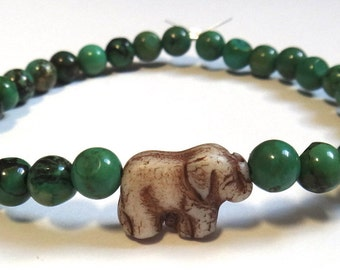 Forest Green Beaded Bracelet with Elephant