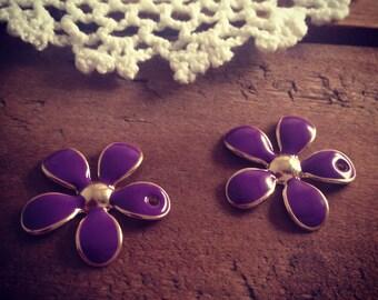 4 pcs of Flower Charms Purple Enamel on GOLD Flower Daisy Charm (C042)