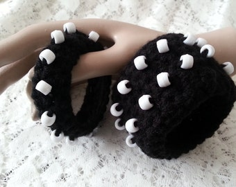 SALES - Crochet Beaded Yarn Cuff Bracelet - Set of 2 - Black White - FREE UK delivery
