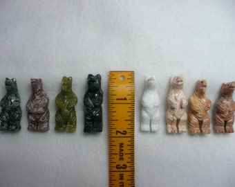 8 Piece Lot of Native American Style Hand Carved Fetish Bear Pendants Mixed Stone