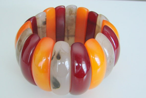 Wide Bold CHUNKY Vintage Lucite Bracelet (Rich Color)