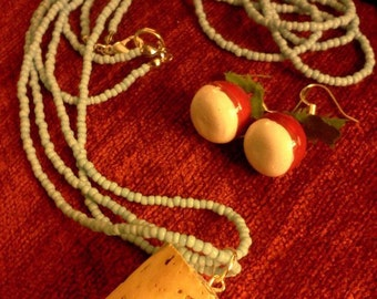 Luna Lovegood's Butterbeer Cork Necklace and Radish Earrings Set