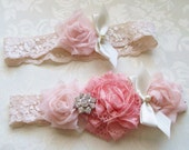 Shabby Chic Wedding Garter/  Vintage Inspired Bridal Wedding Garter/ Coral Garter with Pearls and Rhinestones/ Toss Included