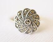 1930's Art Deco / sterling silver marcasite ring // PINWHEEL