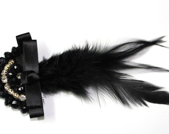 1PCS Vintage handmade Brooch Accessory with Stones and Feathers in Black .