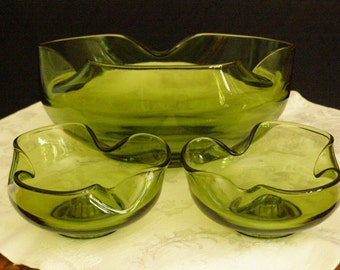Vintage Anchor Hocking Accent Modern Avocado Console Set Bowl and Candle Holders