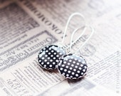 Black and white polka dots earrings, black earrings, vintage style jewelry, retro jewelry. The 20s, The Great Gatsby